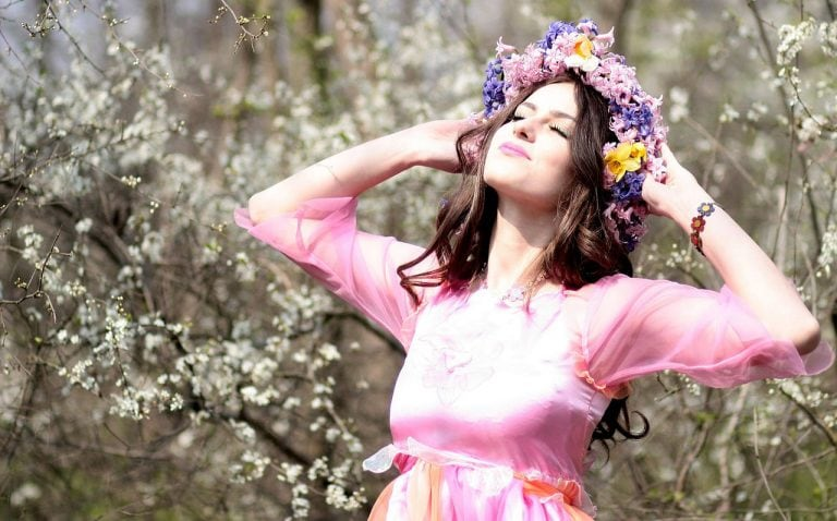 how can perfume affect your mood main image