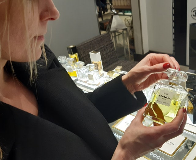 Ingrid Sampling Chanel Perfumes