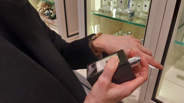 Ingrid testing Jo Malone Perfumes