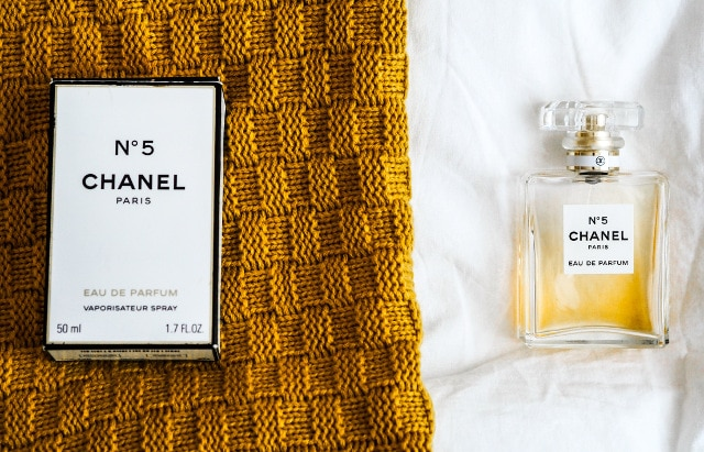 Chanel no 5 with display box